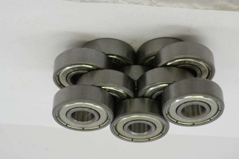 Cylindrical /Tapered/Spherical/Needle Roller Bearings and Angular/Thrust/Pillow Block/Deep Groove Ball Bearing